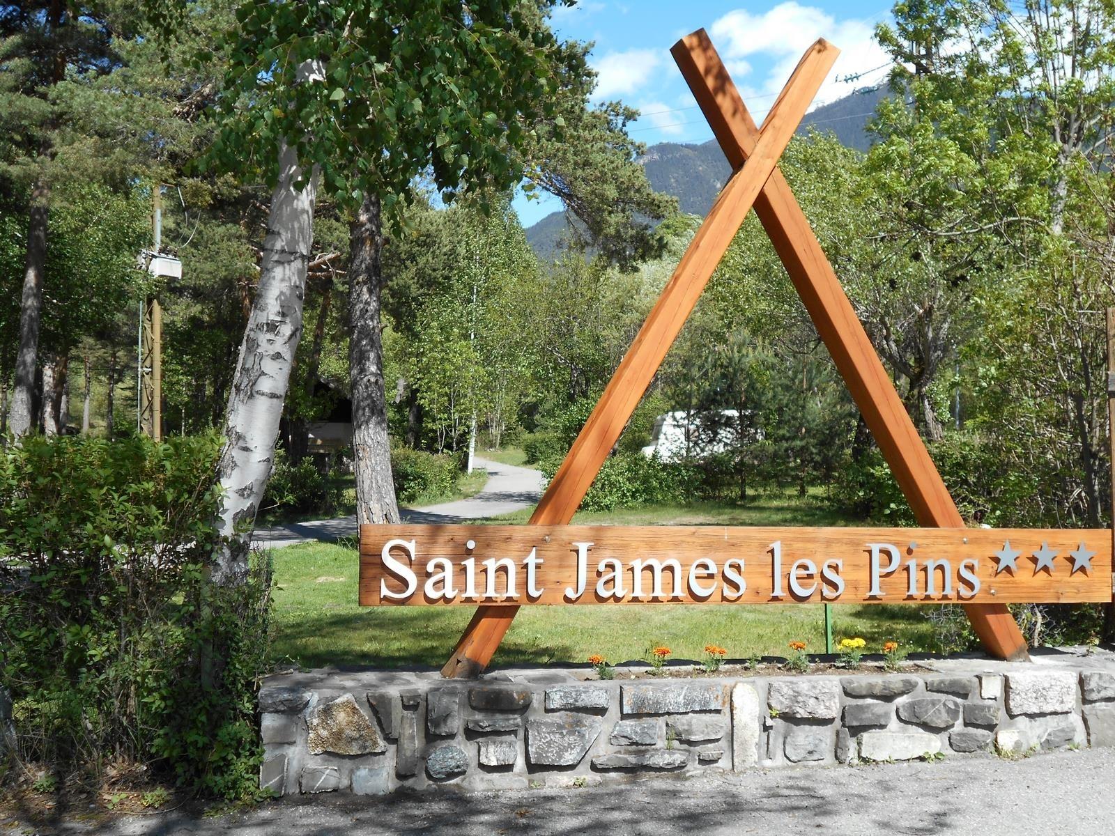 campsite Camping Chalets Résidentiels SAINT JAMES LES PINS GUILLESTRE
