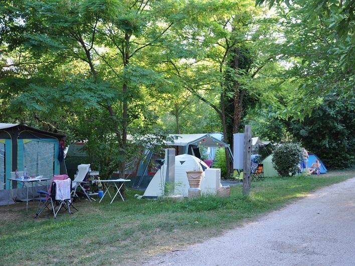 Camping Camping Aux Tonneaux Méounes-les-Montrieux